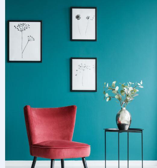 2 Peinture, Fauteuil Et Table (mur Bleu Canard)