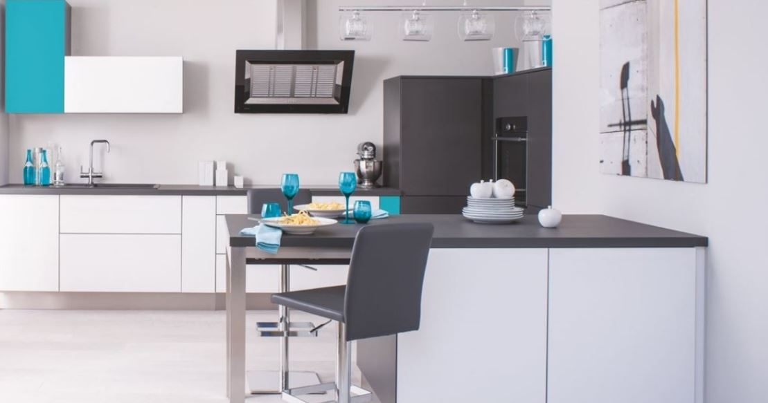 Cuisine Moderne Blanche Et Noire – Trend Ombre Soft, Blanc & Color Curaçao