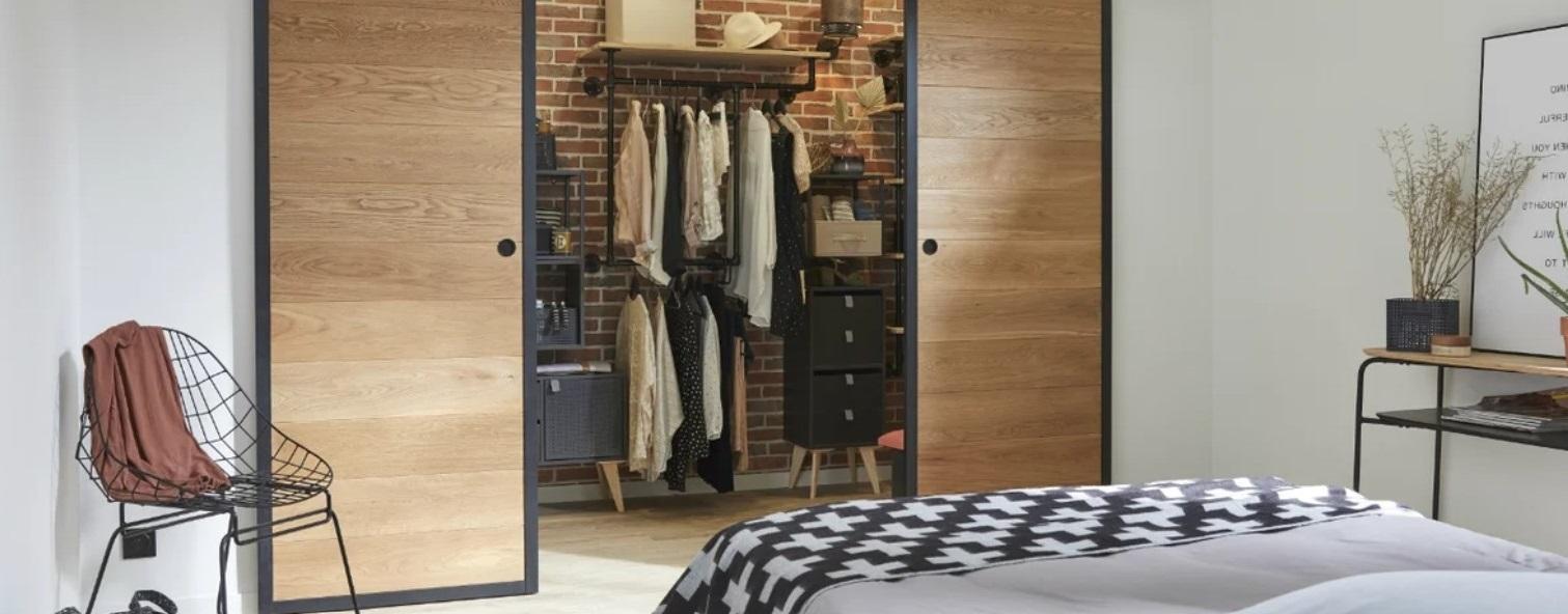 Dressing Industriel Pour Une Chambre Moderne