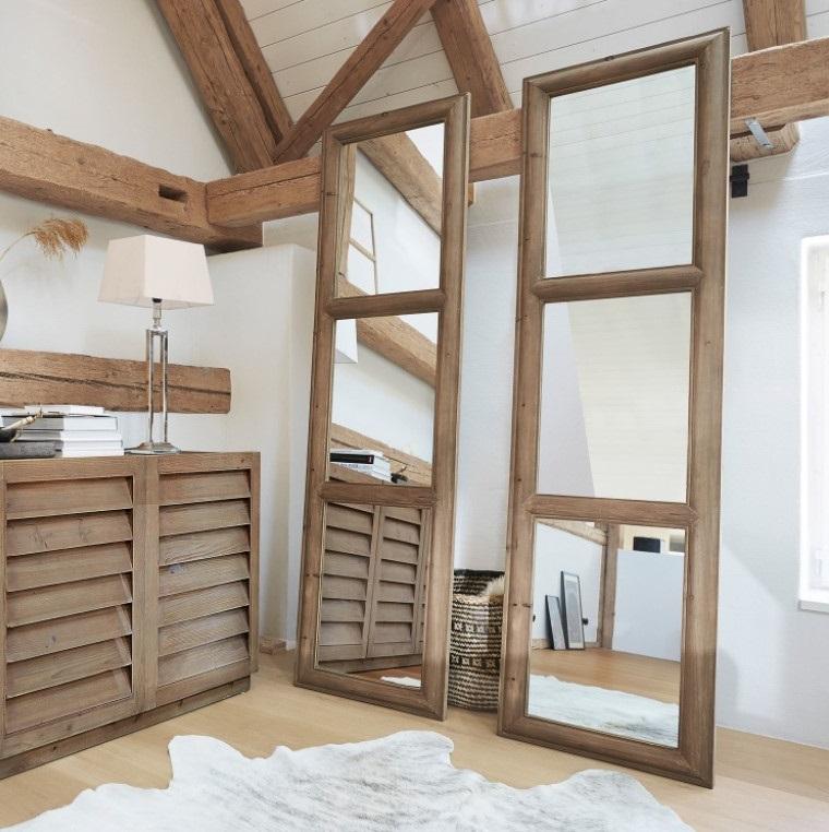 Miroir Stains
