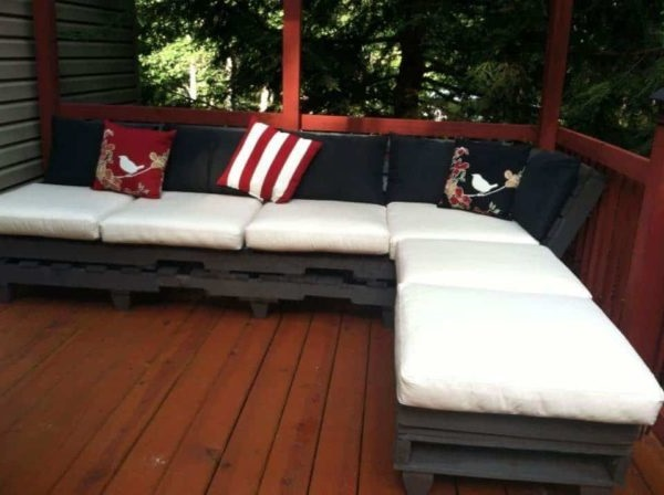 Outdoor Palet Relaxation Sofa