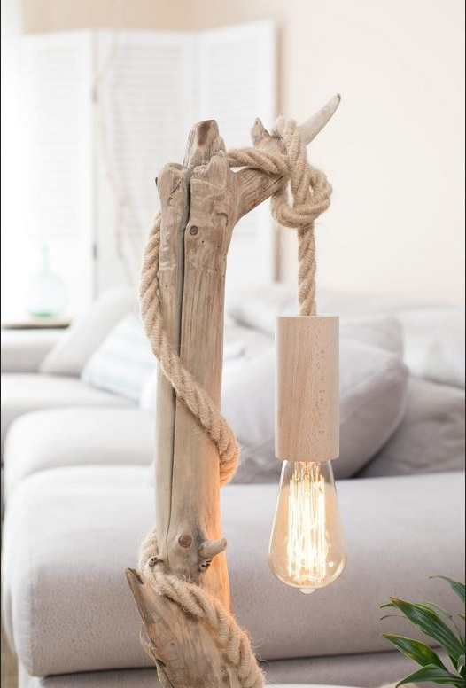 Lampe Bois Flotté Avec Corde –