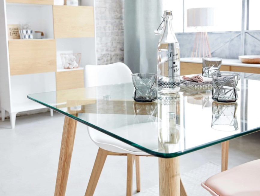 Table Mirage